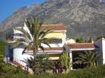 El Paraiso: apartment upstairs, big garden with pool & terrace, own balcony & small terrace
