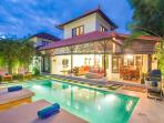 4Bdr Seminyak Villa + Pool + 2min to Beach.