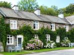 GREENHOWES, pet-friendly cottage with WiFI and fire, share grounds inc. heated pool, in Graythwaite, Ref. 914059