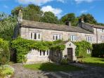11 HARDY GRANGE, two woodburners, WiFi, spacious gardens in Grassington, Ref. 25812