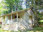 Lakeside Country Cottage on Lake Wallenpaupack