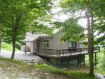 3 Bedroom Plus Loft Private Killington Home - Walk To The Home Stretch Trail! Great Views! (sleeps 10) WiFi, Gas Burning Fireplace, Ping Pong