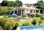 Villa with swimming pool and all-weather SPA