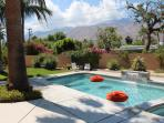 Sweet Mid Century Pad w/ Hot Views!