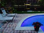 DOLPHIN VIEW, Luxury Waterfront Home with Pool