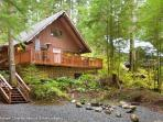 Snowline Cabin #98 - A cozy cabin with a free standing wood stove and outdoor hot tub. Now has WiFi!