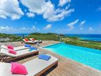 Chic villa Globe Trotter boasts spectacular ocean and sunset views & complimentary rental car