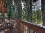 Home w/private hot tub; mountain views; chef's kitchen