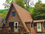*A-Frame Chalet* Clean, Comfortable, Affordable*