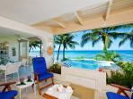 Classic 2 bedroom condo, stunning sunsets and beautiful ocean views