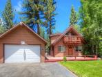 Sunny chalet in the woods, but 10min to Tahoe nightlife - CYH1013