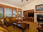 5301 Emerald Lodge, Trappeurs