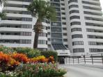 2 Story Penthouse Horizons Oceanfront 4/2