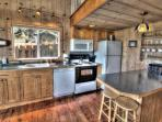 The Beachwood Cottage has a full kitchen for yummy eats!