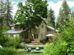 Paradise Valley Lodge  Escape to the Slocan Valley