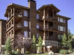 Great Value 4BD Condo for Summer Yellowstone or Winter Ski Adventures!