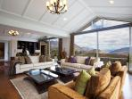 Kumanu Luxury Villa, Queenstown