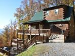 Sunrise Above the Clouds - Romantic Master Bedroom & Convenient to the Great Smoky Mountains Railroad