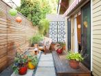PDX Eco Cottage Guest House