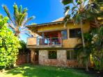 Paia Baby Beach Hale romantic cottage for 2