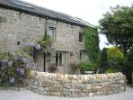 Beautiful 200 year old Dales cottage