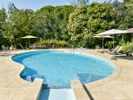 Lovely apartment in the Var, Provence, with shared pool and garden