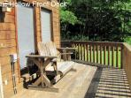 Majestic Hollow - Porch