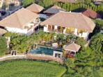 4 till 16 guests rice fields Villa Umalas Seminyak