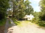Cute/Cozy One Bedroom Cottage near National Forest