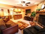 Grandview Townhouse #11 - In Town, King Beds, HBO