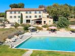 83.870 - Large villa with ...