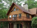 Cozy Cabin - With a Wood Burning Fireplace and Nintendo Wii, This Rental is Just 10 Minutes from the Great Smoky Mountains Railroad