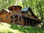 Bear Moon Lodge - The Mountain Experience to Remember - Seclusion, Convenient Location, Wi-Fi, and a Game Room with Pool Table