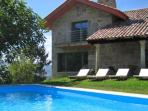 310 Villa with stunning views in Tomiño