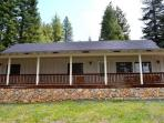 Mountain Views in Lake Almanor West