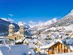 Delightful apartment in Briancon with mountain views, walk to the slopes of Serre Chevalier!