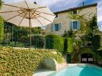 Superb Historic House Terrasse des Alpilles with Large Garden & Pool - Great for Families!