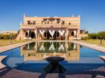 Traditional moroccan Villa in a peaceful domain wi