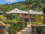 Stunning apartment in a wooden villa 200m from Anse Marcel beach, sleeps 2-4