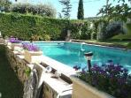 Independent house of 40 m2 in villa with pool