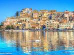 Nearby lake town Anguillara only 10 Kms away