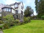 RUSCELLO APARTMENT romantic retreat, close to amenities and Lake Windermere in Bowness Ref 917362