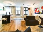 BRAND NEW - Modern Apt. next to Grand Place: 100m²