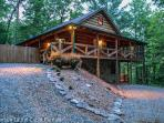 ASKA ADVENTURE AWAITS-3 BR, 3 BATH, SLEEPS 7, HOT TUB, PET FRIENDLY, WIFI, SAT TV, CHIMINEA, GAS LOG FIREPLACE, GAS GRILL, FOOSBALL TABLE, PING PONG, SLEEPS 7, ASKA ADVENTURE AREA.