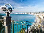Beautifully renovated 2 bedroom apartment in Nice