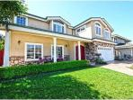 Gorgeous 6BR / 4BA House (8 mins to the water!)