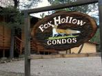 Fox Hollow Condo #01 is centrally located in the White Mountain area.