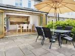 3 bed house with large garden, Richmond