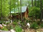 'CREEKSIDE SERENADE' Cabin w/Hot Tub, WiFi, Fenced Yard for pets, Game Table!
