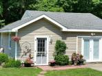 Inexpensive  Bungalow near Sandbridge Beach